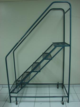 Seguridad en el trabajo escaleras manuales sprlupves - Escaleras de trabajo ...